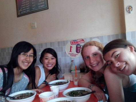 Having dog meat with classmates for the last time!