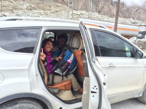 Annie and Nathan got a lift from the SUV, whose owner is a Henan man who is doing business in Kashgar.