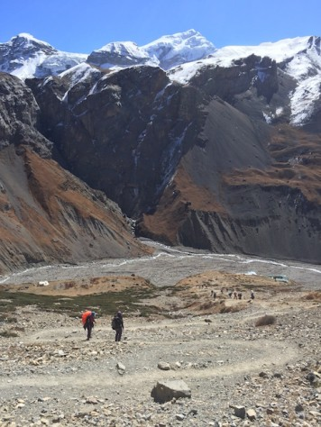 We were surprised how fast we overcame the steep climb from the Phedi Camp to the High Camp.