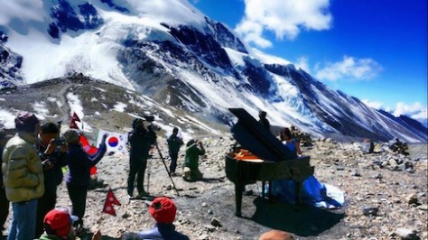 On Oct 21, 2015, the Piano & Ice Cream piano concert was successful held at the top of the 5416 meters pass to bring hope to the people of Nepal!
