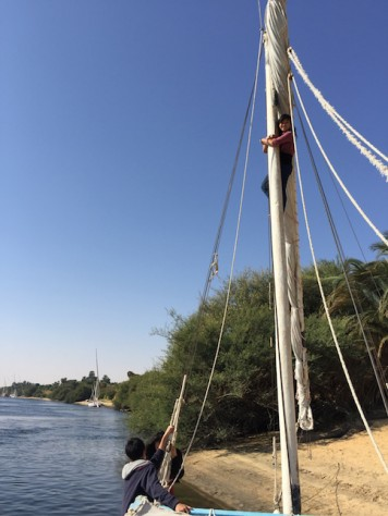 One of Olivia's birthday wish was to climb up to the top of the felucca mast!