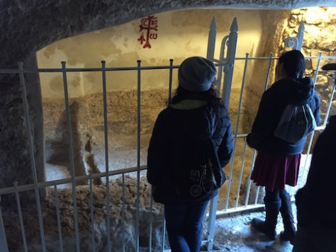 We saw and contemplated inside the Garden Tomb where Jesus' body was placed.