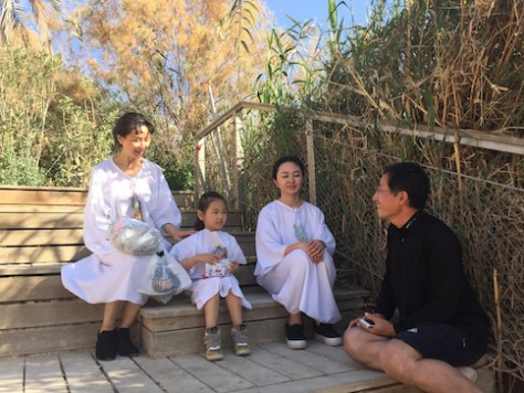 Before baptizing the Chinese tourist, I asked them questions to make sure they understand the meaning of baptism.